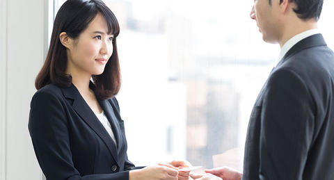 ビジネスの初対面の挨拶は実はチャンス!<br>苦手な初対面を克服する5つの処方箋