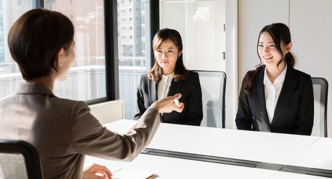 第二新卒の転職はどこを評価される?<br>採用担当者の視点