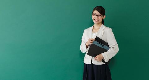 日本語教師への求人に応募するには何が必要?<br>気をつけることは?