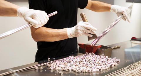 パパブブレ、新元号発表から90分以内に<br>新元号キャンディを制作・販売へ!