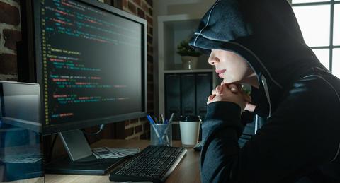 自宅のWi-Fiも危険!? <br>無防備な無線LANから情報漏えいするリスクとは!?