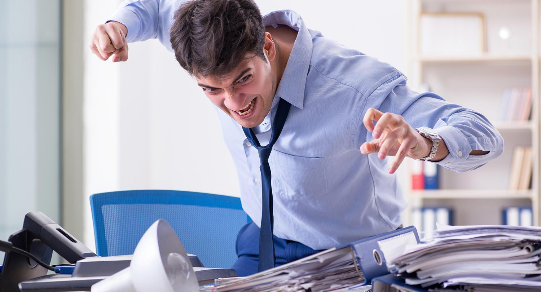 仕事中にイライラしてしまう6つの原因と3つのデメリット | 解決策も