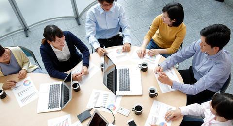 働き方改革を妨げるのは非効率な会議?<br> 3割強が会議のあり方に不満