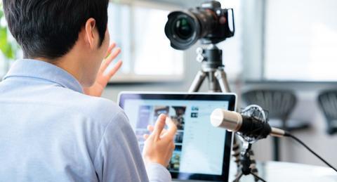 YouTuberになるには何が必要? 会社員と両立していくために注意すべき点