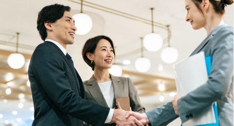 【アライアンスとは】ビジネスにおける意味と重要性、M&Aとの違い
