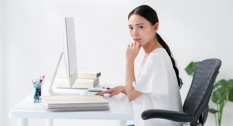 「仕事のやる気がでない...」その原因やモチベーションUPの方法について紹介