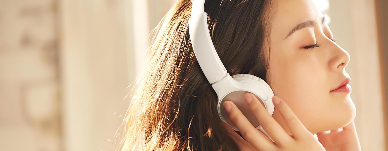 """音楽を聴く習慣」が減ると高ストレスになる!?ーストレスオフは""""音楽""""で ..."""