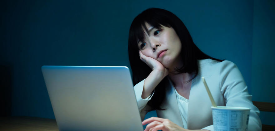 SEにも多い不眠の悩みを解消する方法
