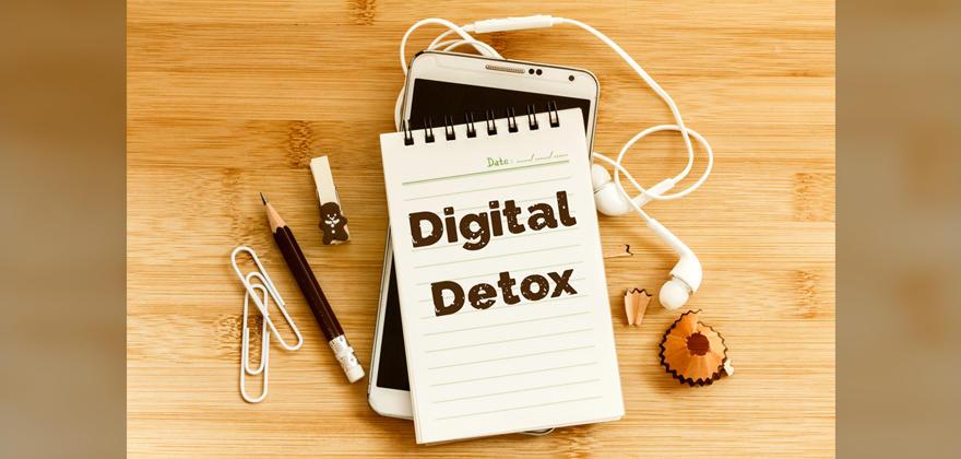 スマホ依存症からの脱却目指す「デジタルデトックス」って知ってますか?