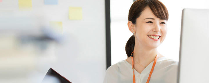 女性が無形商材(金融、IT、広告、人材業界など)の業界で希望条件を叶えやすい理由 サムネイル